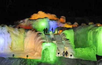 홋카이도 소운쿄에서 얼음 축제