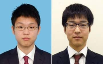 佐田篤史四段(左)と村川大介十段