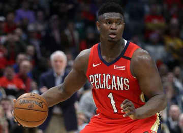 NEW ORLEANS, LOUISIANA - JANUARY 22: Zion Williamson #1 of the New Orleans Pelicans drives the ball up the court against the San Antonio Spurs at Smoothie King Center on January 22, 2020 in New Orleans, Louisiana.