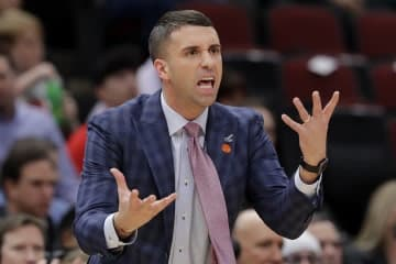 Timberwolves head coach Ryan Saunders reacts to a call during the first half against the Bulls - Star Tribune/Star Tribune/Nam Y. Huh/Star Tribune/TNS