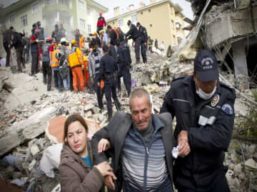 Magnitude 5.7 quake in Iran kills nine in neighbouring Turkey