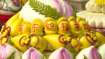 鮮やかな中国式蒸しパンで新年を祝う 山西省