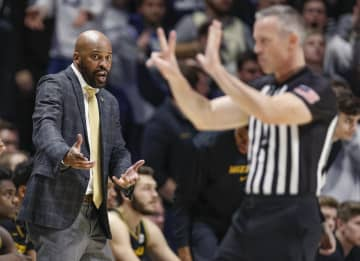 Head coach Cuonzo Martin of the Missouri Tigers protests a call during the second half against the Xavier Musketeers at Cintas Center on November 12, 2019 in Cincinnati, Ohio. - Michael Hickey/Getty Images North America/TNS