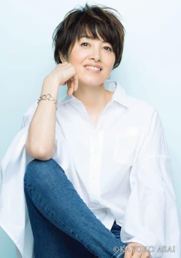 第10回「忘れられない看護エピソード」作品募集。新たに荻野目洋子さんがゲスト審査員に決定