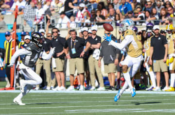 Detriot Lions wide reciever Kenny Golladay makes a catch past Baltimore Ravens safety Marlon Humphrey during the first quarter of the NFL Pro Bowl at Camping World Stadium on Sunday, Jan. 26, 2020. - Jason Beede/Orlando Sentinel/TNS