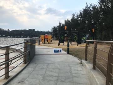 隔離施設近くにあるコロアン島のハクサビーチ公園とキャンプ場が緩衝エリアとして立ち入り禁止に(写真:IAM)