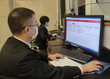 リトアニアから新型コロナウイルス検査薬を緊急輸入 上海市