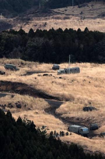 日米共同訓練が始まった陸上自衛隊霧島演習場=27日午後、えびの市