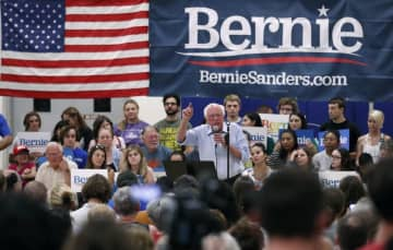 But how do rank-and-file Democrats feel about Bernie Sanders right now? They like him. Right now, they like him very much. (Charlie Neibergall/)