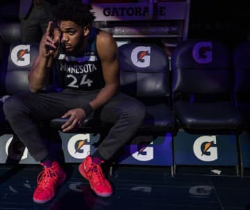 Minnesota Timberwolves center Karl-Anthony Towns wears no. 24 in honor of Kobe Bryant during team introductions Monday, Jan. 27, 2020 at the Target Center in Minneapolis, Minn. - Carlos Gonzalez/Minneapolis Star Tribune/TNS