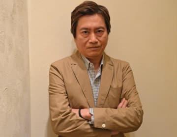 主人公アーサーの吹き替えを担当した声優・平田広明
