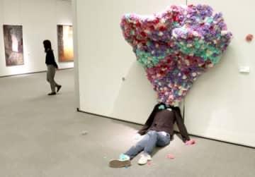 アート競作 4年間の集大成発表 新潟大教育学部美術科生が制作展