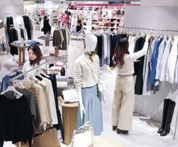 暖冬、早くも春物好調 北陸の百貨店 服や化粧品、冬物は苦戦