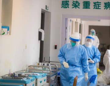 新型肺炎の治療に奮闘する医療関係者 武漢協和医院