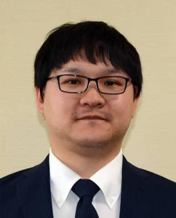長井 謙氏