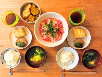 日本能率協会が「高齢者の食卓写真調査2019年」を実施。分析の結果によると「カルシウム、ビタミン、食物繊維が不足している」傾向がみられた。3人に1人が「栄養が充足しない食生活」の可能性。
