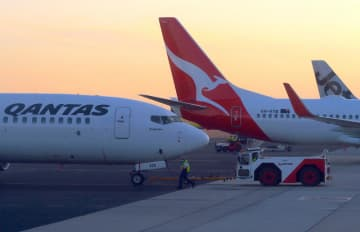 Qantas will suspend flights from Australia to China from Feb 9. (Reuters photo)
