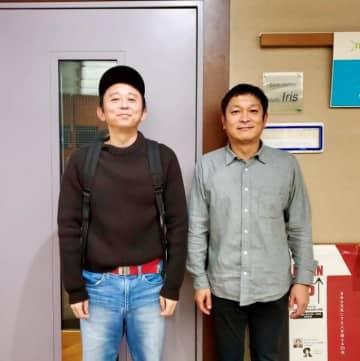 (左から)有吉弘行、安田和博