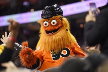 Philadelphia Flyers' mascot, Gritty, was cleared by Philadelphia police of an alleged assault against Delaware native Chris Greenwell' 13-year-old son, Brandon, after a photo shoot in November. (Derik Hamilton/)