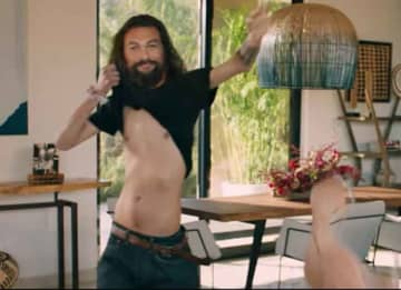 Jason Momoa Reveals He's A Thin Bald Man In Super Bowl Ad With Wife Lisa Bonet