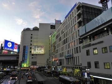 日本百貨店協会が2019年の全国百貨店売上高概況を発表。年間売上高は既存店ベースで5兆7547億円、1.4%減。10-12月移動平均8.8%の大幅減