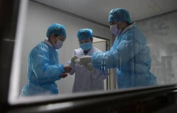 新型コロナウイルス核酸検出、実験室の奮闘 江西省南昌市