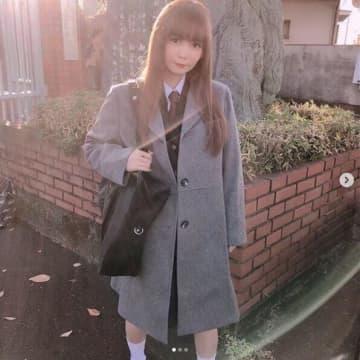 中川翔子、高校の制服姿を披露も賛否の声「無理がある」「痛々しい…」