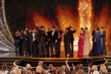『パラサイト 半地下の家族』が作品賞を受賞した第92回アカデミー賞授賞式 - Blaine Ohigashi / (c) A.M.P.A.S.
