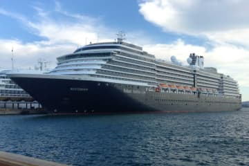 The cruise liner Westerdam docked in San Juan, Puerto Rico, on Nov 24, 2015. (Photo: Master0Garfield, wiki commons)