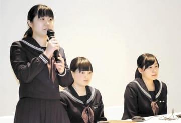 伝承の取り組みや思いを語る(左から)野呂さん、佐々木さん、洞口さん