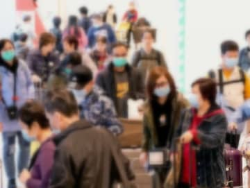 (資料写真)マスク姿が目立つ観光客