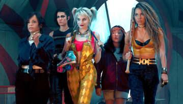 ブラック・マスクに立ち向かうハーレイ(ロビー、中央)と仲間たち Photo : Claudette Barius/Warner Bros. Pictures