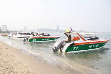 Speedboats wait for tourists on Pattaya beach, Chon Buri. (Photo by Chaiyot Pupattanapong)
