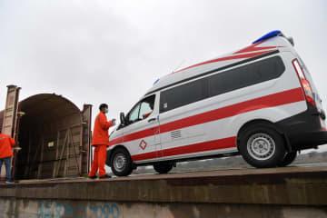 「移動するN95マスク」載せた特別列車、武漢市の支援に出発
