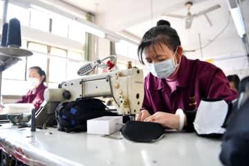 新型肺炎でメーカーが生産転換、不足物資増産へ 山西省