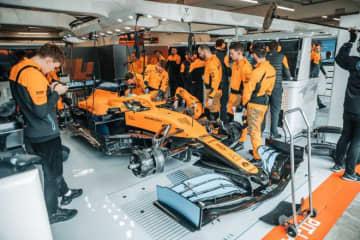 【動画】マクラーレンF1が新車『MCL35』をシェイクダウン。サインツJr.&ノリスが走行