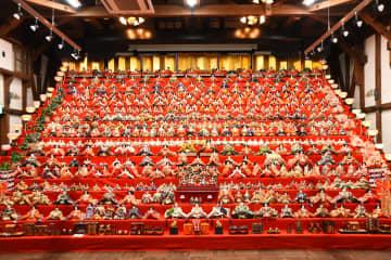 3000体のひな人形が街中に出現!春を彩る越前おおのひな祭り