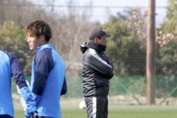 得点力アップを今季のポイントに挙げる片野坂知宏監督