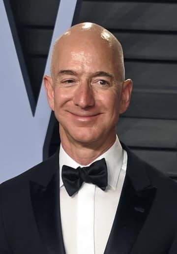 アマゾン・コムのジェフ・ベゾスCEO(AP=共同)