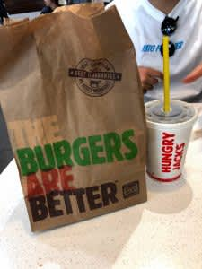 オーストラリアで食べた! 現地で人気のファストフード店2選