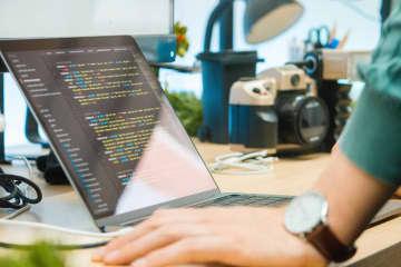 Japanese online programming school startup taps In... 画像
