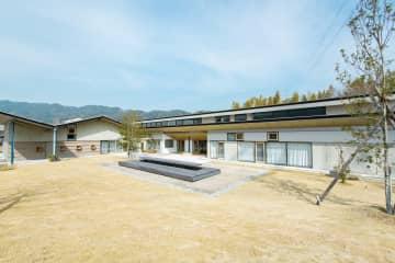 長崎市都市景観賞に選ばれた「Nagasaki Job Port」=長崎市田中町(市提供)