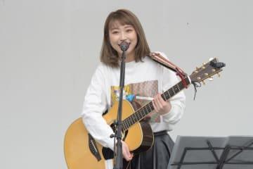 大矢梨華子[イベントレポート]泉谷しげる主催<ガーデンフェス>に出演「泉谷さんの次に曲を披露することがあるなんて」
