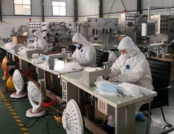 異業界からの寄付でマスク生産ラインを立ち上げ 河北省