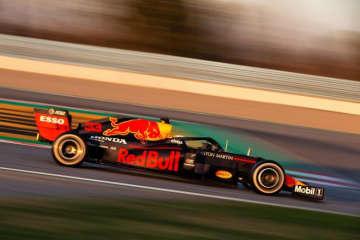 【第1回F1バルセロナテスト1日目・タイム結果】レッドブル・ホンダのフェルスタッペンが最多周回を走行。ハミルトン最速