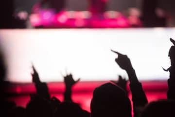 """平野紫耀、中島健人は""""顔""""が上がらない先輩…コンサートの大失敗エピソード告白"""