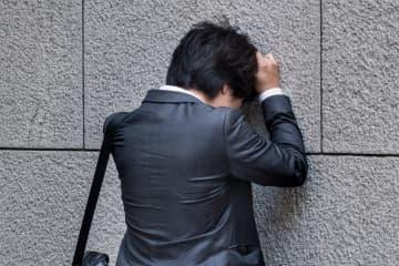 人前で話すと動悸や息切れも… あがり症の人たちの苦悩とは 人前で話すときなどに緊張のあまり、動悸や息切れを起こす人がいる。あがり症の人は、どれほどいるのだろうか。