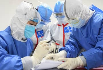 武漢、病床数が約4万に増加 治療に全力挙げる