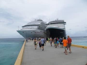 恐怖のクルーズ船コメディアン、隔離期間にホテル抜け出し4カ国周る―中国メディア