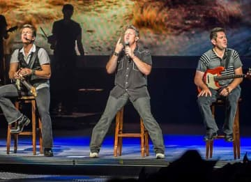 Rascal Flatts in 2013